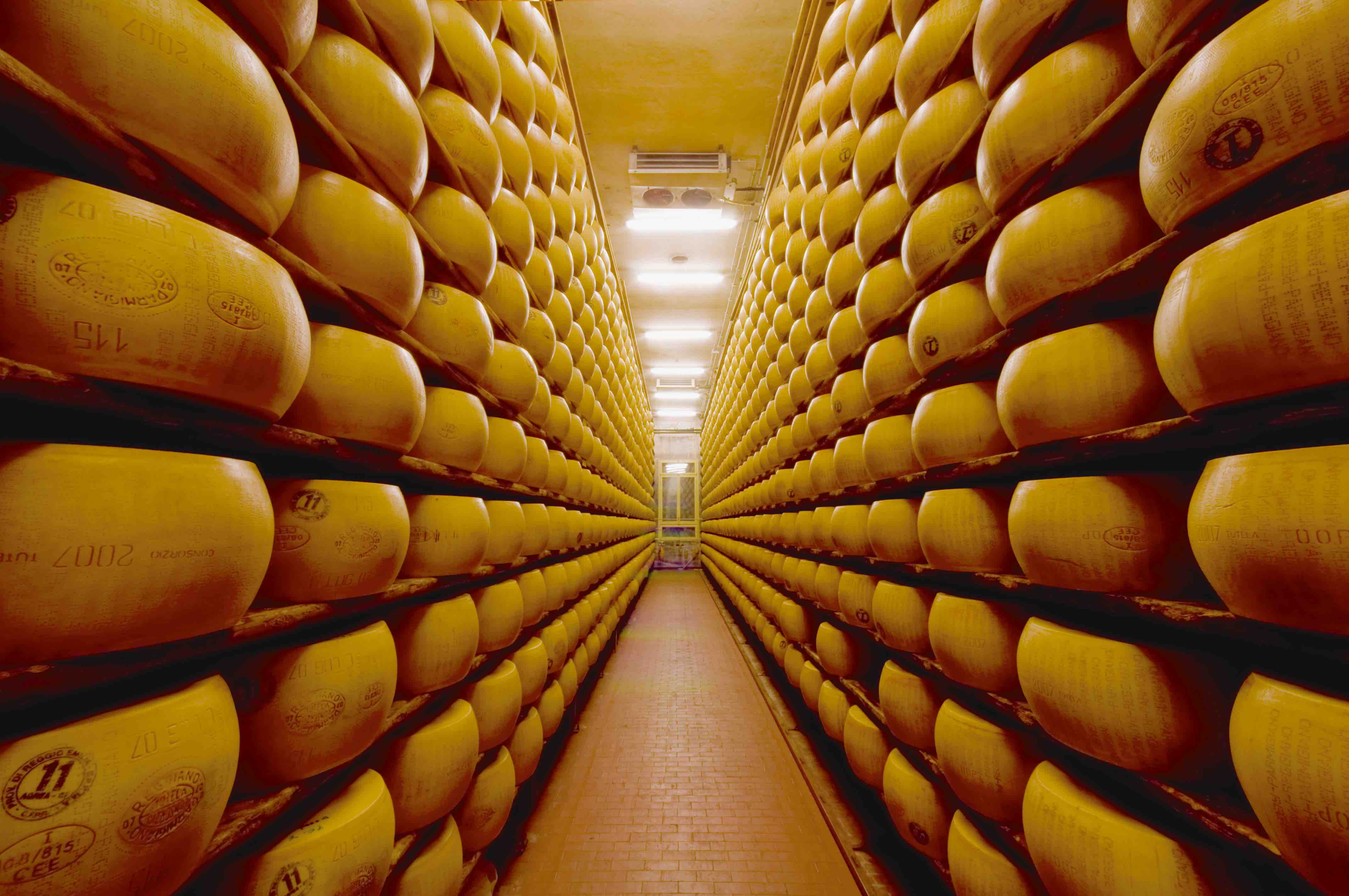 Parmigiano_Wheels_Stock